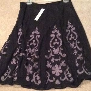 Tahari skirt, black and purple, size 6